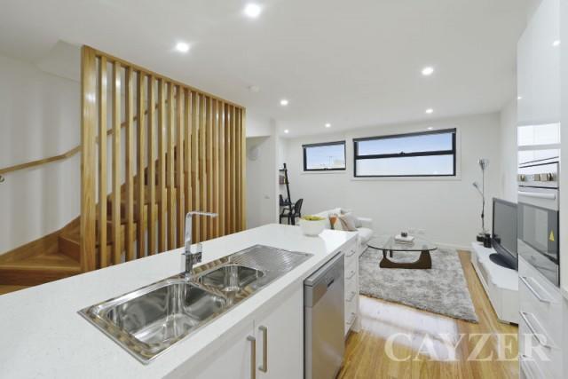 5 74 Nott Street Port Melbourne Cayzer Real Estate